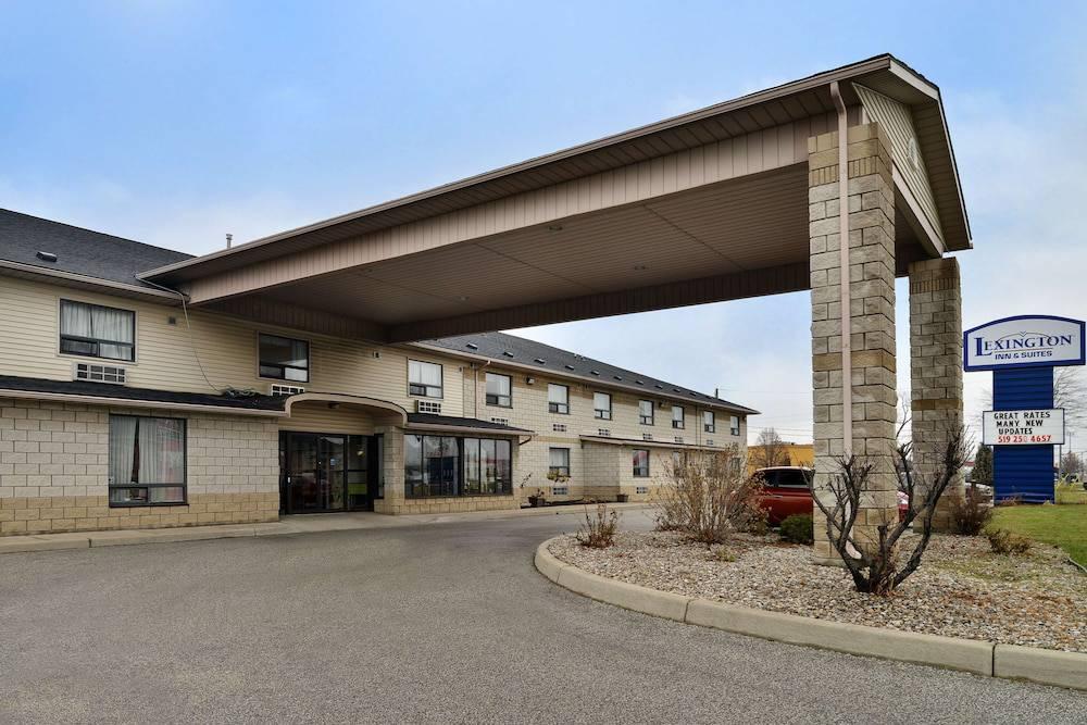 Lexington Inn & Suites - Windsor ON Canada
