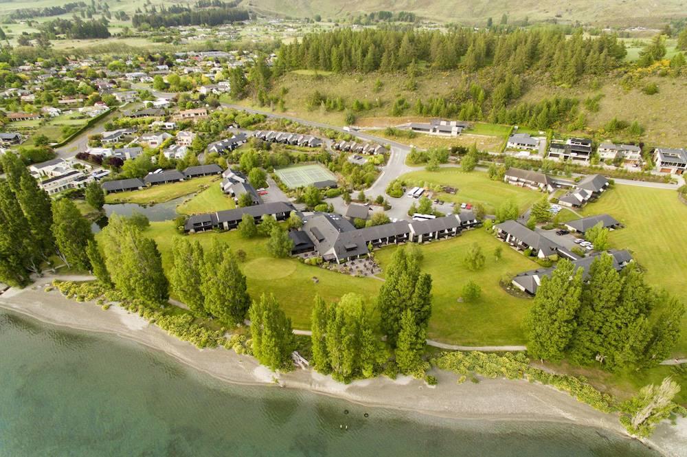 Edgewater Hotel- Lake Wanaka, New Zealand